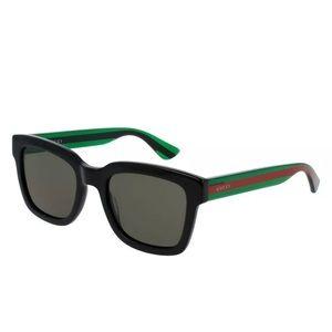 Gucci Classic Acetate Wayfarer Sunglasses 🕶